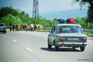 De weg naar Kazbegi....
